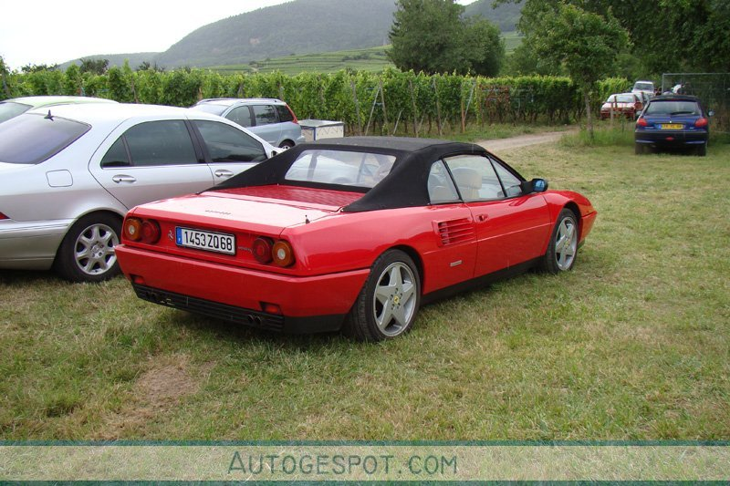 ferrari mondial t cabriolet 2 fvrier 2010 autogespot. Black Bedroom Furniture Sets. Home Design Ideas