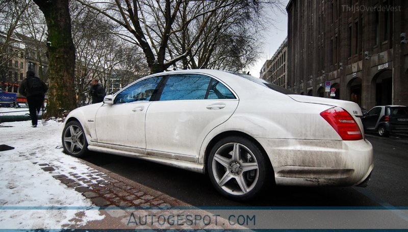 Mercedes benz s 63 amg w221 2010 17 february 2010 for Mercedes benz w221 price