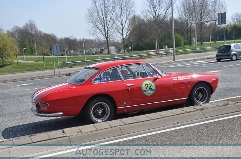 Ferrari 330 GT 2+2 Series I 4