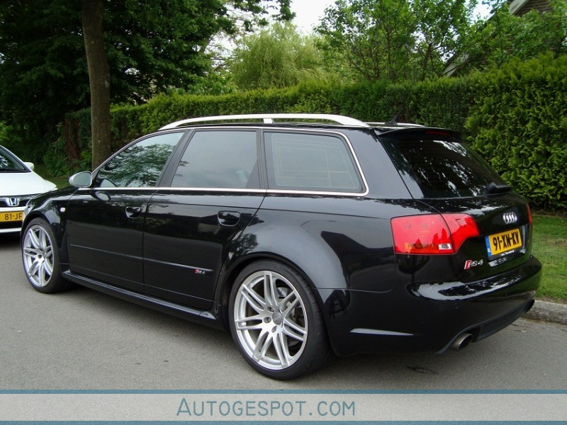 Audi Rs4 2010 images