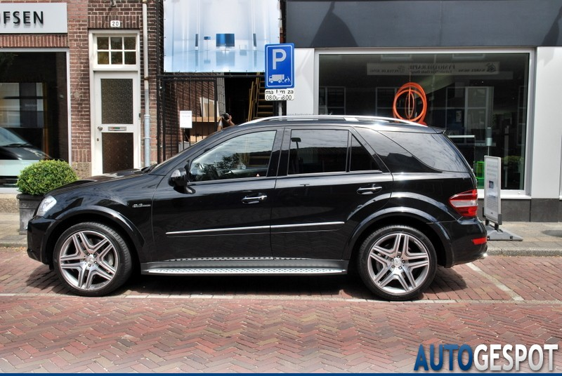 mercedes benz ml 63 amg w164 2009 7 july 2010 autogespot. Black Bedroom Furniture Sets. Home Design Ideas
