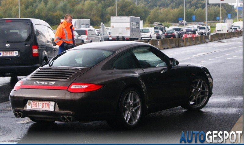 porsche 997 carrera 4s mkii 23 october 2010 autogespot. Black Bedroom Furniture Sets. Home Design Ideas
