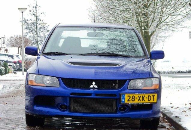 Mitsubishi Lancer Evolution IX FQ
