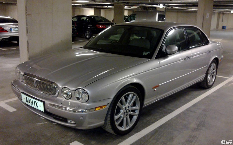 Jaguar 2010 Xjr