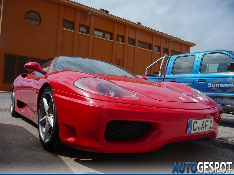 2010 Ferrari 360 Spider photo - 3