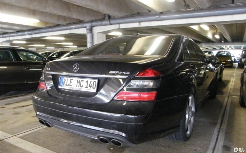 Mercedes Benz S 63 Amg W221